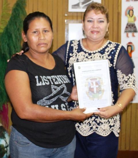 Muni San Juan entrega constancias de posesión